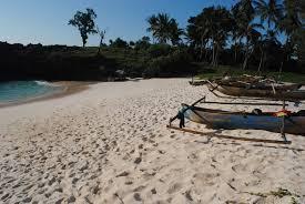 eksotisnya mandorak pantai mini di sumba barat daya kaleku net
