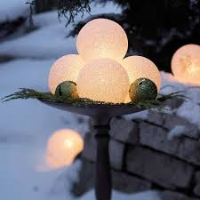 Christmas Yard Decorations And Lights by 31 Exterior Christmas Decorating Ideas Inspirationseek Com