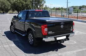 navara nissan 2016 evo320b tonneau cover aluminum upstone black nissan navara
