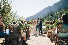 wedding venues in washington state intimate mountain wedding in seattle amanda matt jess