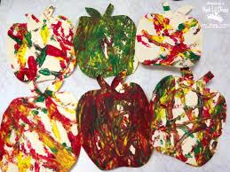 mom to 2 posh lil divas preschool apple week crafts activities