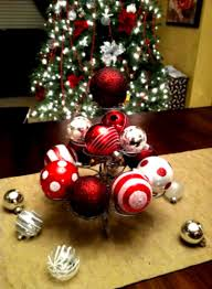 Christmas Round Table Decoration Ideas by Christmas Table Decoration Jpg Round Decorations Homelk Com