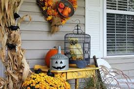 Fall Porch Decorating Ideas 17 Country Fall Porch Decorations Traditional Fall Decor Ideas