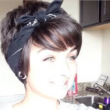 growing out short hair but need a cute style 15 cute short hair styles hidden bed bed heads and bandanas