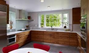 cuisine avec fenetre design cuisine en u avec fenetre et bar tourcoing 3226 ch