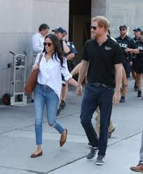 Meghan Markle Toronto Home by Meghan Markle And Prince Harry Hold Hands At A Public Event For