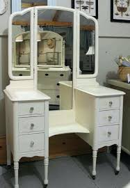 Bedroom Vanity Table With Drawers Bedroom Vanit Bedroom Vanity Sets With Lighted Inspirations Makeup