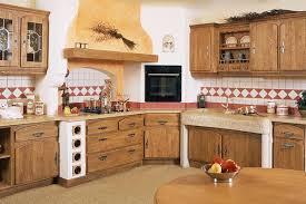 artisan cuisiniste cuisine rustique monastère en bois de la marque gaio proposé par l