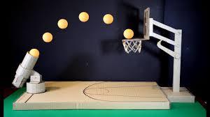 Que Faire Avec Des Rouleaux De Papier Toilette Comment Faire Un Jeu De Basket Ball En Utilisant Du Carton Youtube