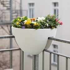 blumenkasten fã r balkon eckling the planter for the balcony corner der erste