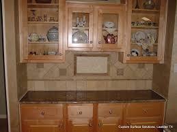 kitchen backsplash travertine tile travertine kitchen backsplash and style elegance of travertine