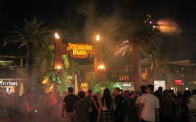 when halloween horror nights 2015 halloween horror nights are spooking people once again u2013 the hornet