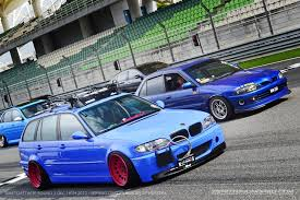 bmw wagon stance slammed e46 wagon on sepang f 1 circuit during the epic stance