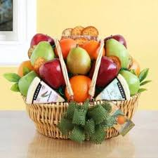 organic fruit basket buy organic fruit basket fruit gift baskets for him parents