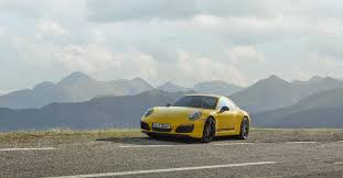 new porsche 911 6 cool things about the new porsche 911 carrera t superunleaded com
