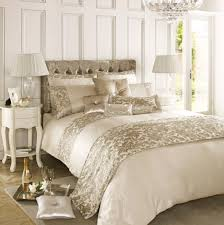 leopard bedroom decor 10 tips to make a small bedroom look great