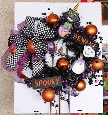 Easy Halloween Wreaths by Show Me Decorating Shows You U201chow To U201d A Halloween Wreath Show