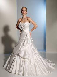 some beautiful non traditional wedding dresses for wedding