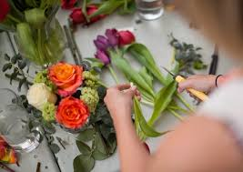 flower deals 5 calgary florists with special deals on flowers and bouquets