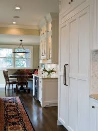 Staggered Cabinets Staggered Upper Cabinets Houzz