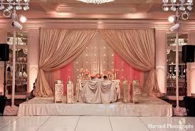 Hindu Wedding Supplies Indian Wedding Reception Venue Decor Http Maharaniweddings Com