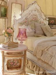 cuarto al estilo shabby chic dormitorios shabbby chic i love french country style shabby chic romantic and white style this is just random things i love bedroom decor bedroom ideas