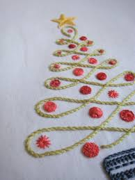 embroidered christmas free christmas embroidery designs makaroka