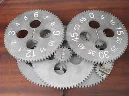 7 Free Wooden Gear Clock Plans by Gear Clock Alan Parekh U0027s Electronic Projects
