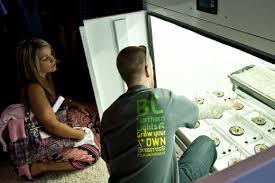 northern lights grow box a vendor from bc northern lights showcases a marijuana grow box to