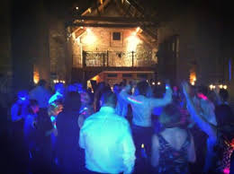 the moon loungers return to priston mill tythe barn for a wedding