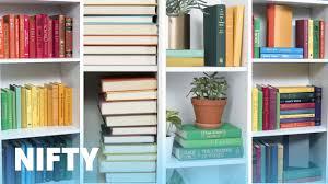 9 stylish ways to organize your bookshelf youtube