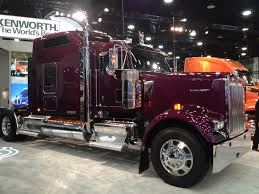 kenworth show trucks kenworth launches icon 900 premium truck at mid america trucking show