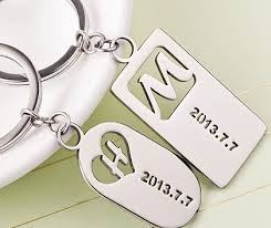 personalized couple keychains cut out dog tag customize letter key