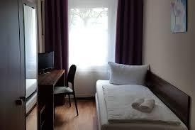 single room pension eberty berlin