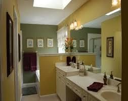 Two Tone Bathroom Two Tone Bathroom For The Home Bath Ideas