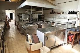 kitchen nightmares island inside the abandoned hotel that even gordon ramsay s kitchen
