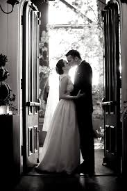 Wedding Photographers Seattle Photographer Interview With La Vie Photography Junebug Weddings