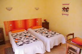 chambres d hotes de charme en bourgogne chambres d hotes cluny taizé et tournus en bourgogne