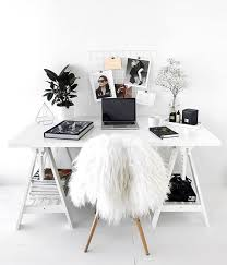 Minimalist Home Decorating The 25 Best Minimalist Bedroom Ideas On Pinterest Bedroom Inspo