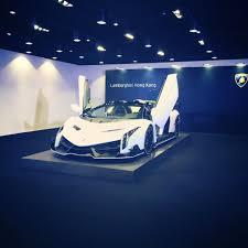 Lamborghini Veneno Back - white lamborghini veneno roadster arrives in hong kong