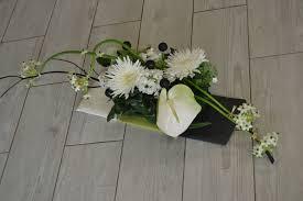 centre de table mariage pas cher centre de table pour mariage en noir et blanc au fil des fleurs