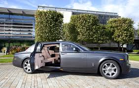 rolls royce roadster rolls royce phantom extended wheelbase revealed ahead of paris 2010