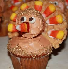 the one with the cupcakes the one with the turkey cupcakes
