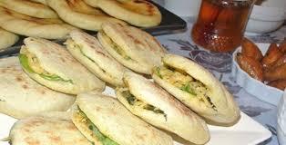 cuisine de choumicha recette de batbout batbout farci au foie et épinard choumicha cuisine marocaine