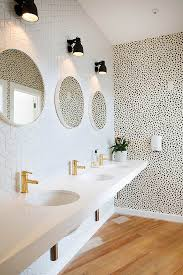 Powder Room Wallpaper by 3 Powder Rooms That Will Make You A Wallpaper Believer Hello Fashion