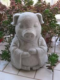large pig concrete garden statue at warmbier farms concrete