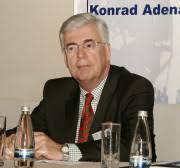Der Botschafter der BRD in Bukarest, Herr Roland Lohkamp, ... - kas_10403-1514-1-30