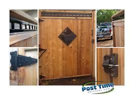 this cedar gate has ornamental insert self closing