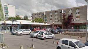 Beauvais Le Bureau De Poste Du Quartier Saint Jean Fermé Pour De Le Bureau Beauvais