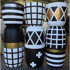 pot cross pot in black white by the design twins the third row
